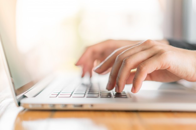 closeup-business-woman-hand-typing-laptop-keyboard_1232-4331_4c28c.jpg
