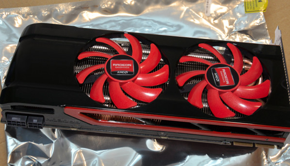 AMD Radeon HD 8970 mostrata in foto?