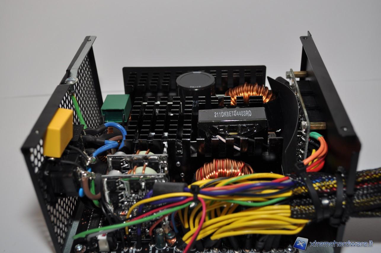 Club 3D Mini DisplayPortTM a DisplayPortTM 1.4 Cavo di prolunga 8 K60 Hz DSC1.2 HBR3 HDR St.//B 1 Metro 32 AWG.