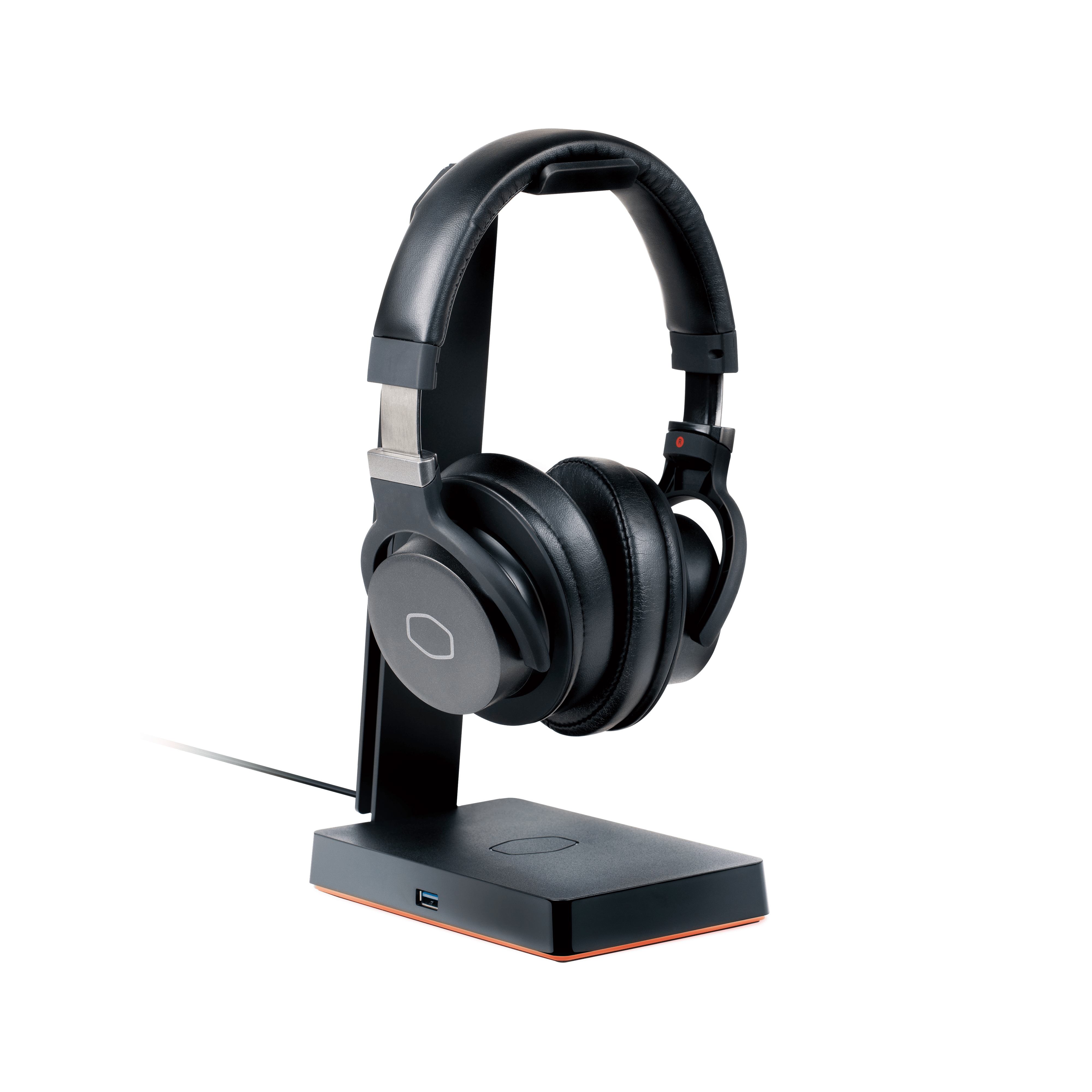 Cooler Master presenta GS750, hub USB con supporto cuffie e ricarica wireless