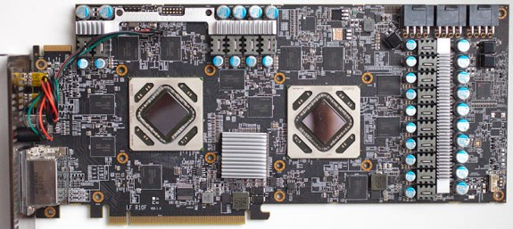EK prepara un waterblock full-cover per la AMD Radeon HD 7990