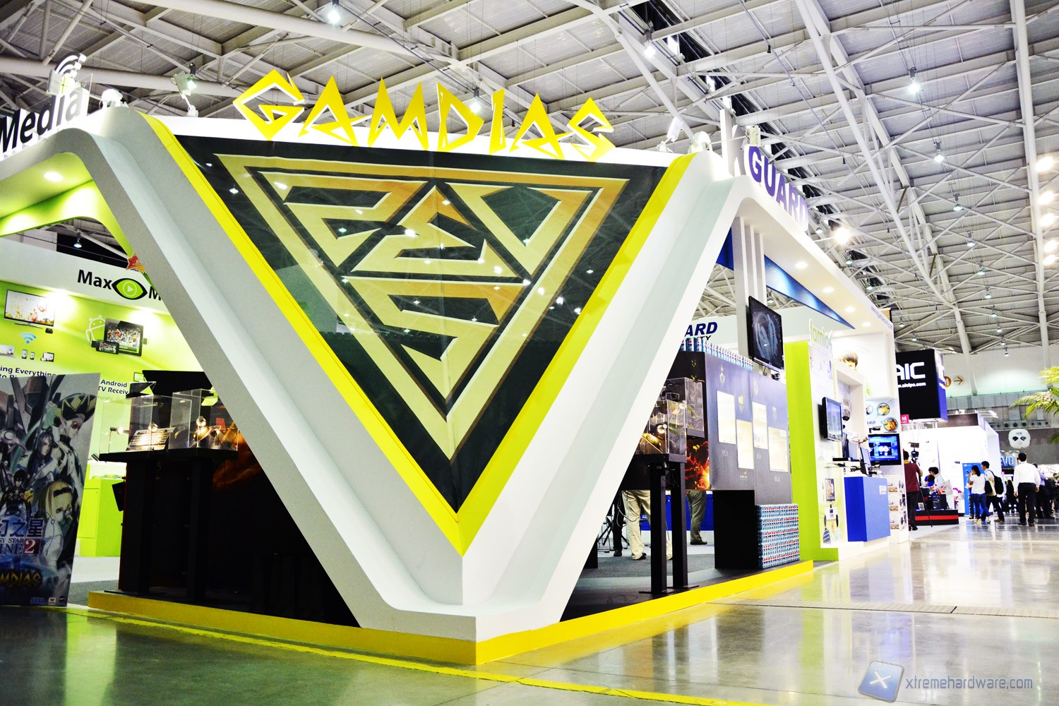 GAMDIAS front booth design