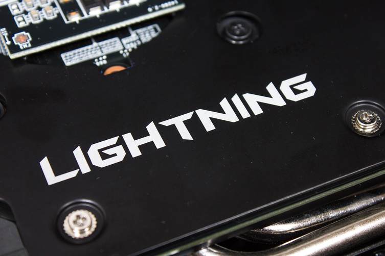 MSI-GeForce-GTX-770-Lightning 08