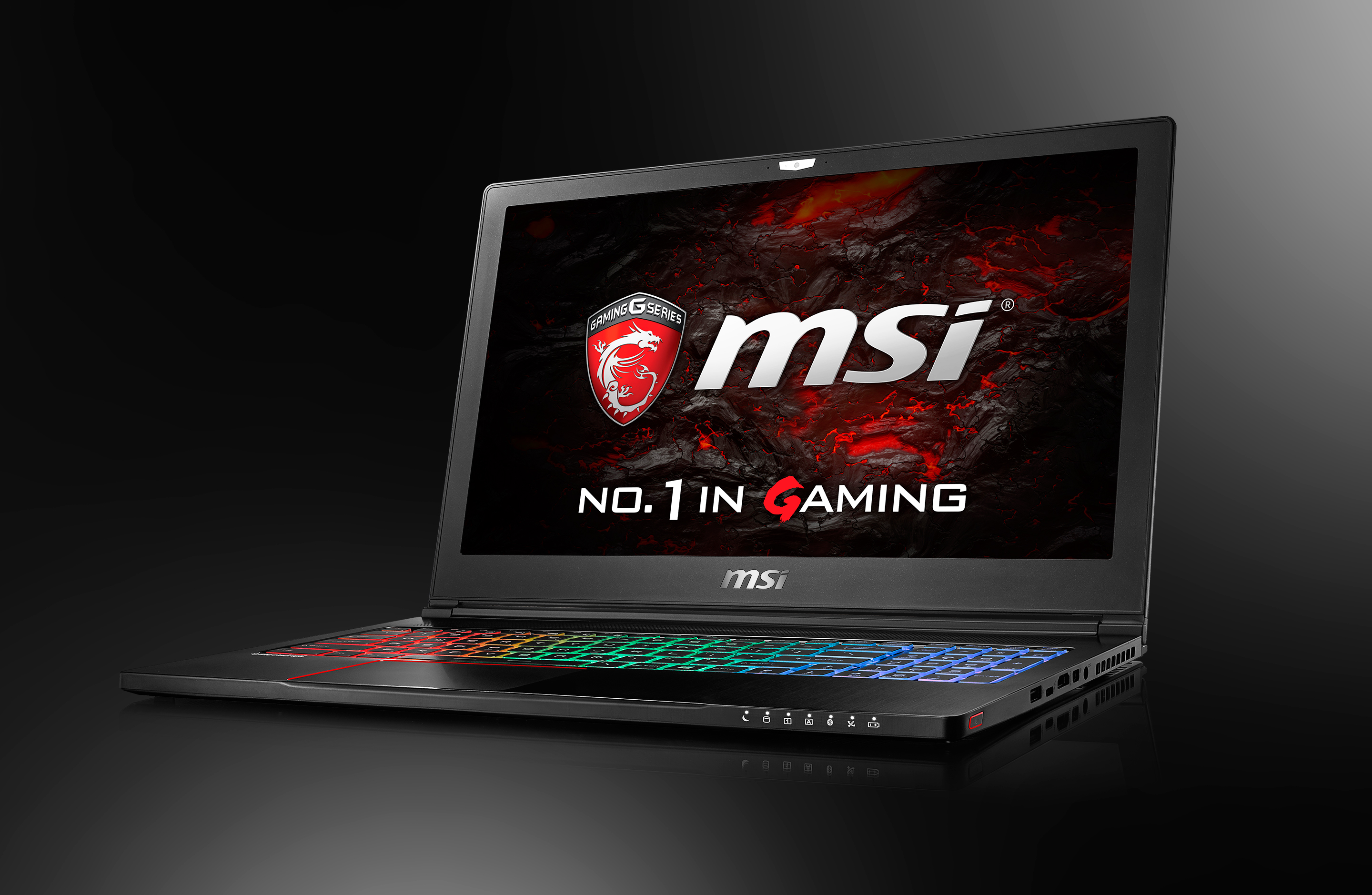 MSI NB GS63 photo01