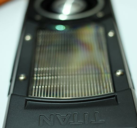 NVIDIA-GeForce-GTX-TITAN-Black-Edition-2