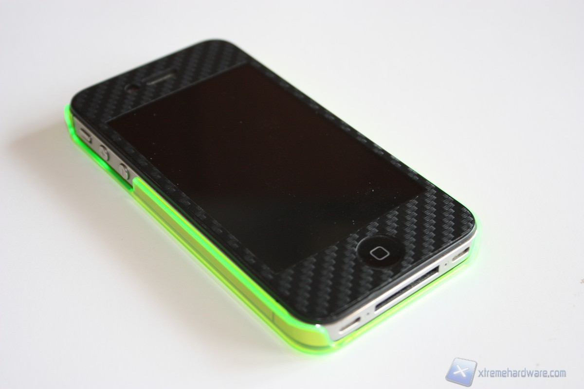 Puro Crystal Fluo: per un Iphone fluorescente